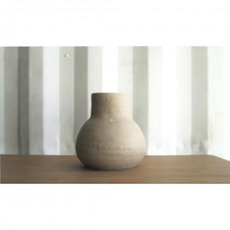 A porcelain vase | Va_2021_3_1
