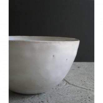 A white ceramic salad bowl | L | Bo_2021_06_2