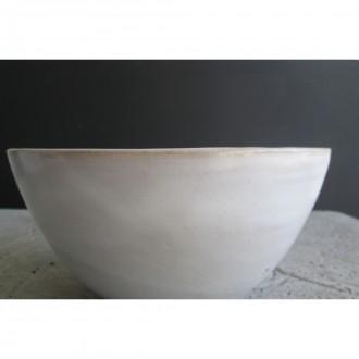 A white ceramic salad bowl | L | Bo_2021_06_5