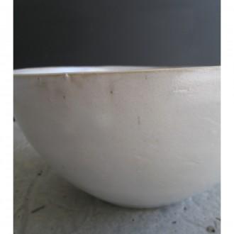 A white ceramic salad bowl | L | Bo_2021_06_6